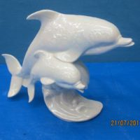 gare 2916 dolphins w/wave (FIS 2)  bisqueware