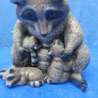 clay magic 1180/1181 mother raccoon w/babies (RA 6,7)  bisqueware