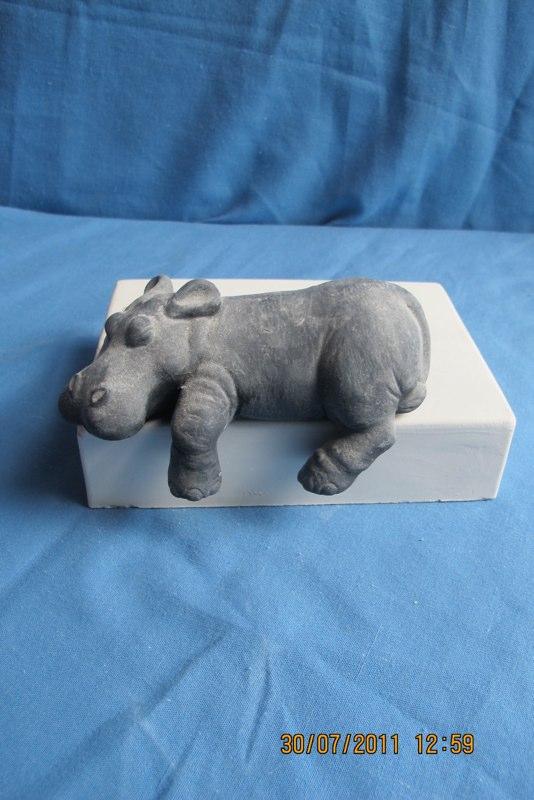 scioto 2461 sml sill sitter hippo (FR 12)  bisqueware