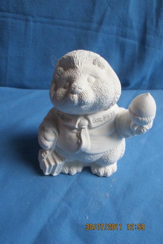 """gare 3237 henry hedgehog (HD 12)  5""""H  bisqueware"""