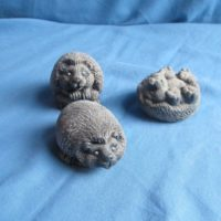 """gare 3040 collectible hedgehogs (HD 10)  2""""L  bisqueware"""