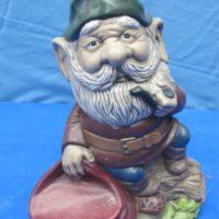 georgies 858 lge gnome w/pipe & sack (GNOM 8)  bisqueware